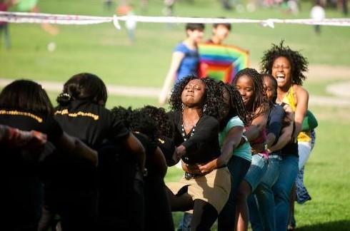 浓缩计划为黑人学生提供了STEM但留下了拉美裔