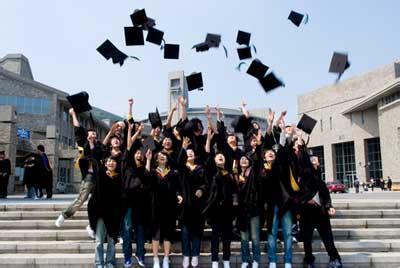 性别规范对于女性选择大学专业仍然很重要