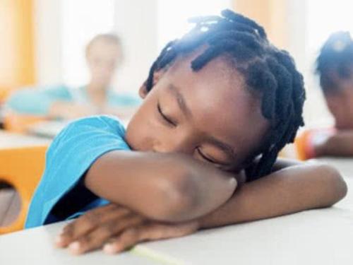 社会学家研究从不让一个孩子掉队到留守儿童的转变