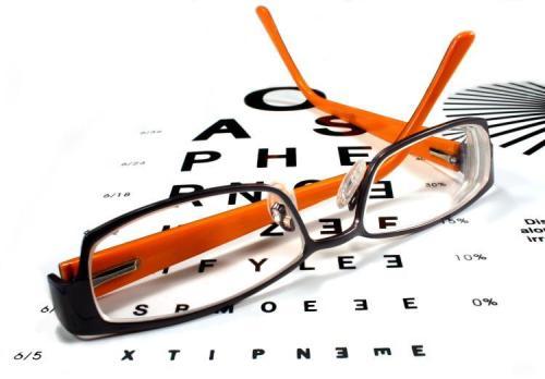 《综合防控儿童青少年近视实施方案》提出了青少年儿童近视的阶段目标