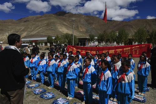 教育兴藏60年 西藏小学校开启有学上到上好学的新跨越