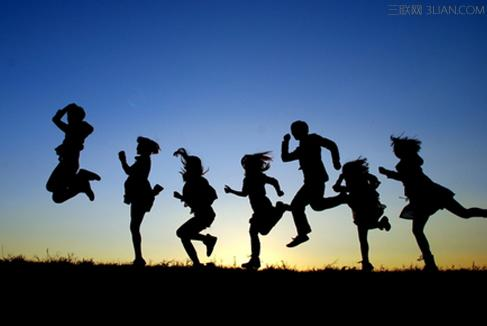 6名大四女生签无限期《青春协议书》