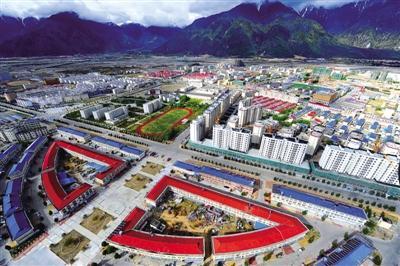 西藏林芝市认真落实建档立卡贫困大学生三免一补政策