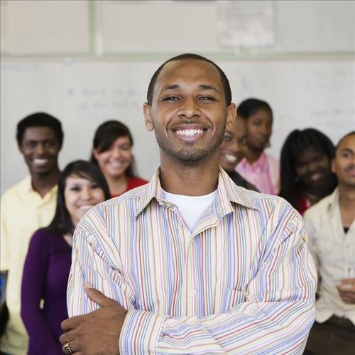 36,000名P1教师具有较高的资格可以在高中任职