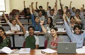 为印度的教育筹集资金
