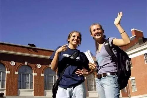 高等教育市场规模的复合年增长率