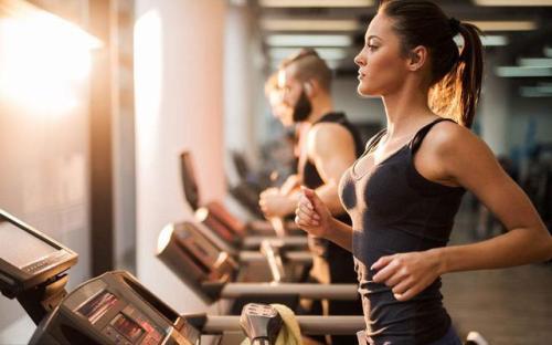 健身公司如何扰乱我们的锻炼方式