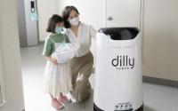 室内机器人送餐服务在住宅楼首次商业化