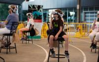 虚拟现实体验让观众与太平洋鲑鱼一起游泳