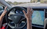 消费者报告关注特斯拉利用车主测试不安全的自动驾驶软件