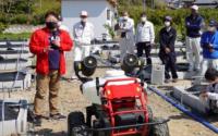 农场部署机器人为苹果园授粉