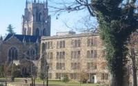 沃什伯恩大学为大学毕业生和其他求职者举办招聘会