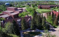 詹姆斯敦大学被评为中西部最佳学术机构