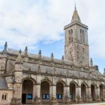圣安德鲁斯击败牛津和剑桥大学位居榜首